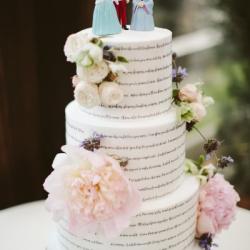 Fondant wedding cake with lyrics