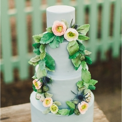 blue sugar flower wreath cake