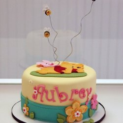Baby Pooh & Friends Baby Shower Cake