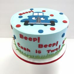Buttercream cake with fondant details