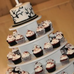 Black and White Branch Theme Wedding Tower