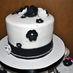Custom Fondant Flower Cake