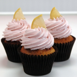 Raspberry Lemonade Cupcake
